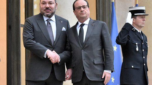 SM le Roi reçu à l'Elysée par le président français